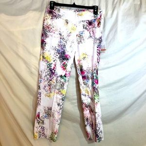 Insight Floral Reptile NWT Pull on Crop Pants SZ 4